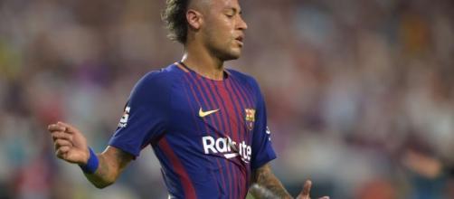 Mercado de fichajes: Neymar en un partido de exhibición del Barcelona.