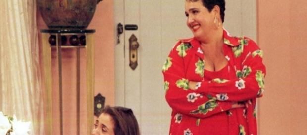 "No mesmo formato do antigo ""Sai de Baixo"", o seriado estreará nas noites de domingo após o ""Fantástico"""