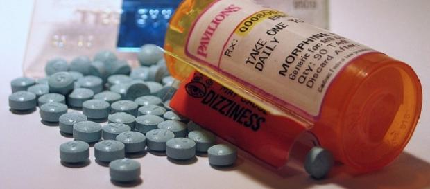 Painkillers credits:flickr https://www.flickr.com/photos/sfxeric/3964596491