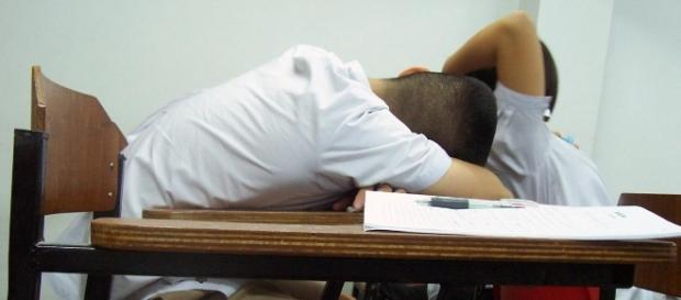 Typical student struggling to stay awake- Wikimedia Commons