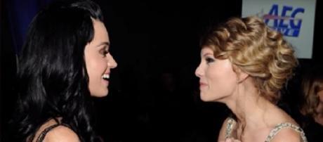 Katy Perry, Taylor Swift - YouTube screenshot   Hollywood Life/https://www.youtube.com/watch?v=o-kcPfXTGuY