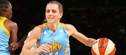 Allie Quigley and the Chicago Sky host the Seattle Storm on Sunday at 6 p.m. ET. [Image via WNBA/YouTube]