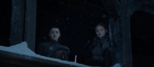 'Game of Thrones' Season 7 Episode 6: Arya and Sansa / Photo via TheCell09, www.youtube.com