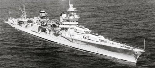 USS Indianapolis (CA-35) underway at sea September 1939. [Image via US Navy/Wikimedia]