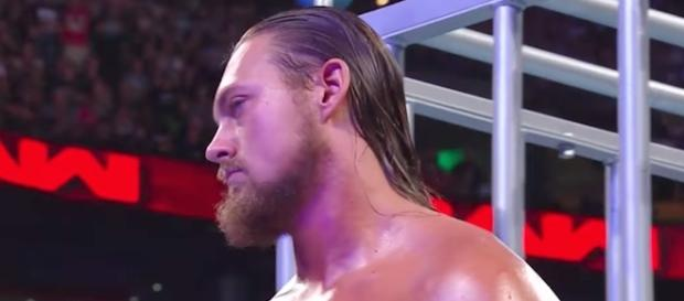 Big Cass will take on The Big Show at Sunday's WWE 'SummerSlam 2017' PPV. [Image via WWE/YouTube]