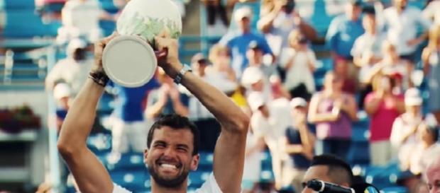 Dimitrov celebrating 2017 Cincinnati title/ Photo: screenshot via ATPWorld Tour channel on YouTube