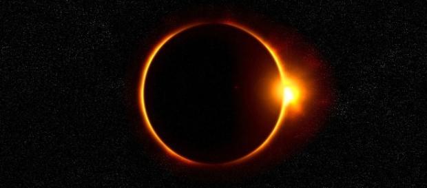 Eclipsa solară din 21 august 2017 este interpretată de unii creștini fundamentaliști ca începutul APOCALIPSEI - Foto: pixabey.com