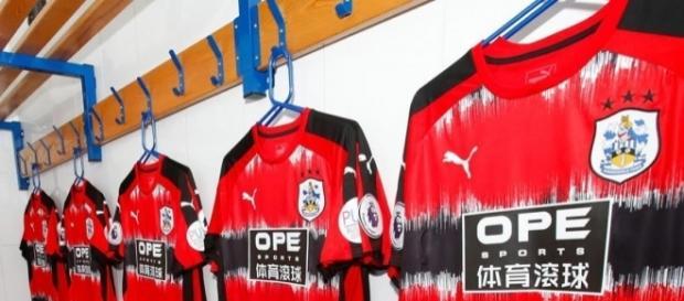 Playera del Huddersfield Town (Inglaterra)