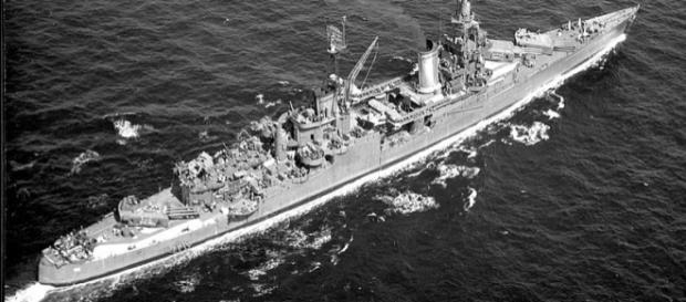 USS Indianapolis underway at sea, in 1943-1944 (Credit – wikimediacommons)