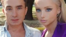 Impressionante. Conheça toda a família da 'Barbie Humana'
