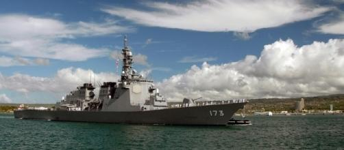 A US navy destroyer at Pearl Harbor. Photo /pixabay.com/en/destroyer-warship-pearl-harbor-ship-62960/