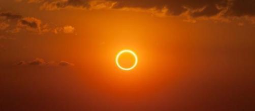 Eclipse solar desta segunda-feira (21) poderá ser acompanhado pela internet