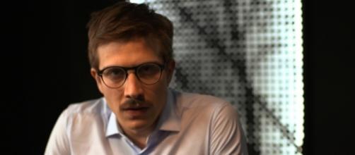El actor Fernando Álvarez Rebeil interpreta a Arturo Meyer.