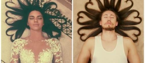 Eles imitaram as mulheres na hora de tirar fotos (Foto/Google)