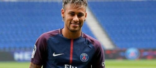 Foot / Transfert : Neymar explique pourquoi il a choisi le PSG. - xadjafoule.com