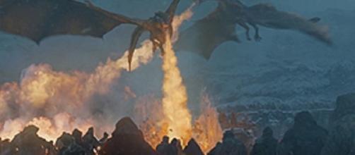 Game of Throns scene credits:wikipedia https://en.wikipedia.org/wiki/File:Game-of-Thrones-S07-E06-Beyond-the-Wall.jpg