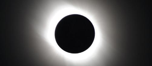 Les Canadiens pourront voir une éclipse solaire lundi prochain ... - lapresse.ca