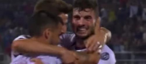 L'esultanza del Milan dopo il 3-0 al Crotone