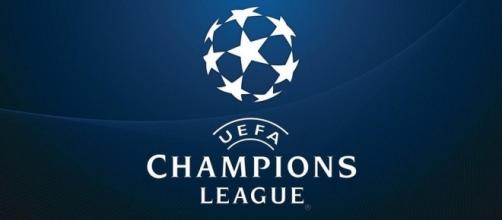 Liverpool FC qualify for Champions League | https://c1.staticflickr.com/3/2845/13307741383_76b5e36755_b.jpg