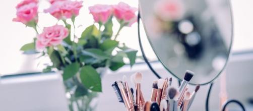 Make up looks. Photo Source: Pexels