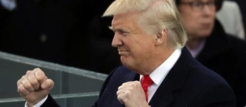 Quand Donald Trump prend 38 jours de vacances de plus que Barack Obama - rtl.fr