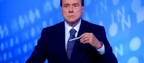 Silvio Berlusconi torna protagonista della scena politica