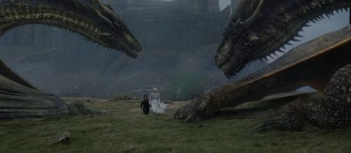Viserion e Drogon no sexto episódio da sétima temporada de ''Game of Thrones''