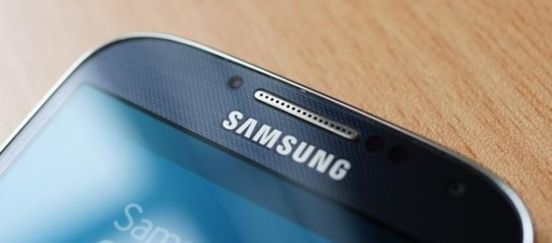 Galaxy Note 4 battery recall issued due to overheating / Photo via Karlis Dambrans, Flickr