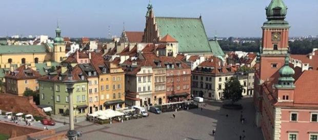Piazza del Castello vista dall'alto.