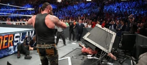 WWE Brock Lesnar and Braun Strowman - Photo: WWE Summerslam screencap