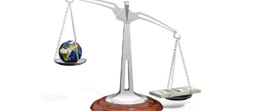 Balance, Money - Image via Pixabay.