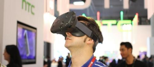 HTC to retail Vive VR for $599 to compete against Facebook. [Image via Flickr/Maurizio Pesce]