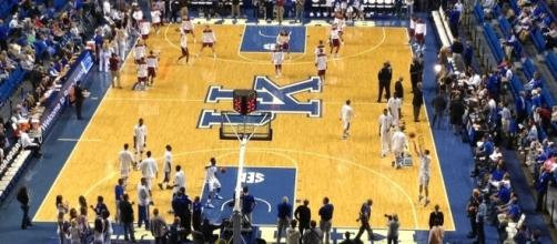 Kentucky hoops - Phil Denton via Flickr