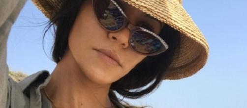 Kourtney Kardashian continua suas férias românticas (Foto: Instagram)