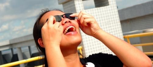 L A DIY 3D solar eclipse glasses | by Thomas.L- Flickr