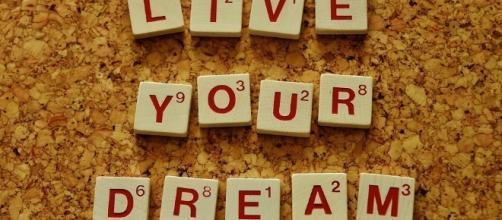 Live Your Dream, Image via Pixabay.