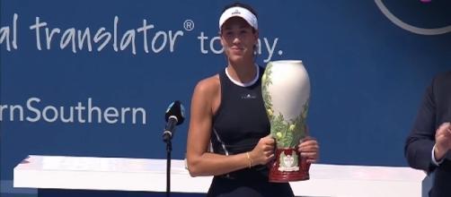 Muguruza has won 2017 Cincinnati Premier 5 event/ Photo: screenshot via WTA channel on YouTube
