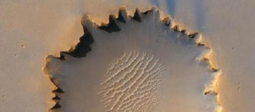 New climate model suggests turbulent snowstorms on Mars at night [Image: Pixabay]