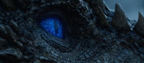 Olhos azuis confirmam que Viserion se tornou um Dragão de Gelo