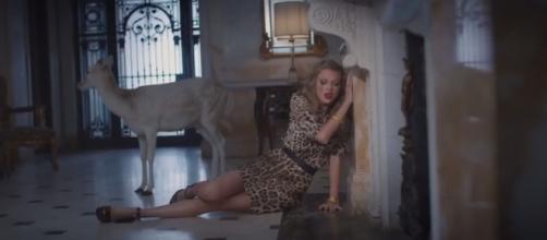 Taylor Swift - YouTube screenshot   Clevver News/https://www.youtube.com/watch?v=YltVnJpKeQg