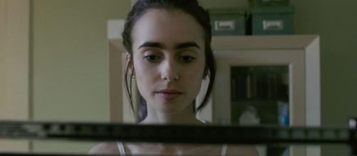 To The Bone: arriva su Netflix il film con una straordinaria Lily ... - nerdplanet.it