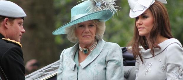 Camilla with Kate Middleton / Photo via Carfax2, Wikimedia