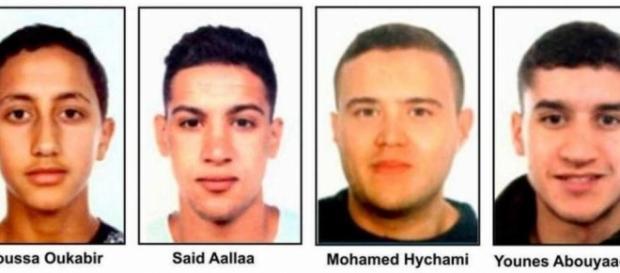 Quatre suspects de l'attentat de Barcelone devant la justice espagnole