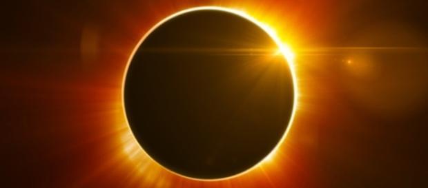 Sobre el eclipse solar 2017 que sorprenderá a Estados Unidos | i24Web - i24web.com