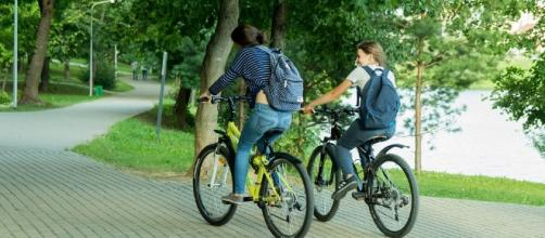 A daily bike ride to the office nearly halves the risk of heart disease | Max Pixel, CC0 Public Domain