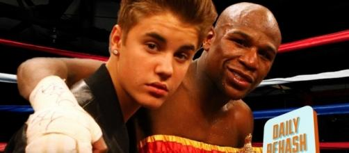 Bieber & Mayweather are now ex-BFFs after the singer unfollowed the boxer on Instagram. Image credit - ReHash/YouTube.