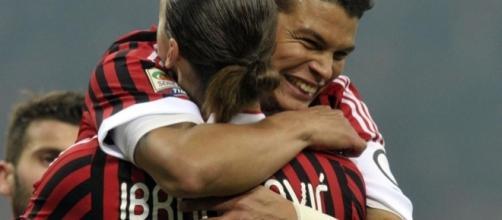 Ibrahimovic et Silva sous le maillot du Milan AC. Crédit photo : foot01.com