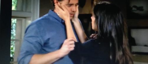 Jason and Sam first kiss. Youtube.com FE. Dailymotion.com