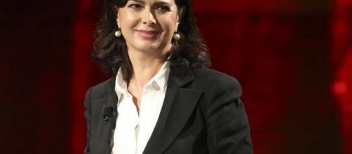 Laura Boldrini denunciata per non aver difeso gli italiani.