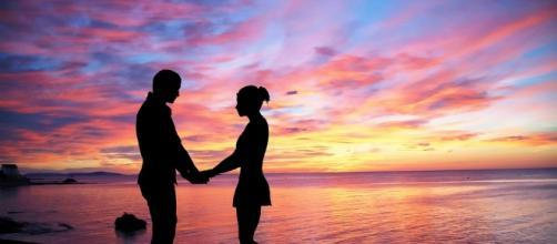 Love, couple. Image via Pixabay.